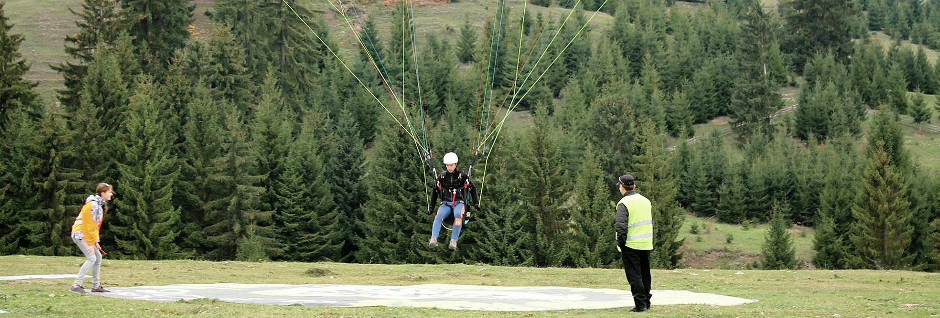 Competiția de aterizări punct fix cu parapanta