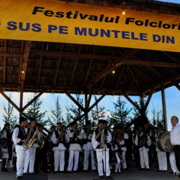 """Festivalul """"Sus pe muntele din Jina"""""""