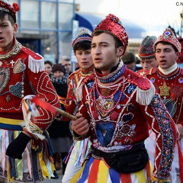 Parada Obiceiurilor de Anul Nou