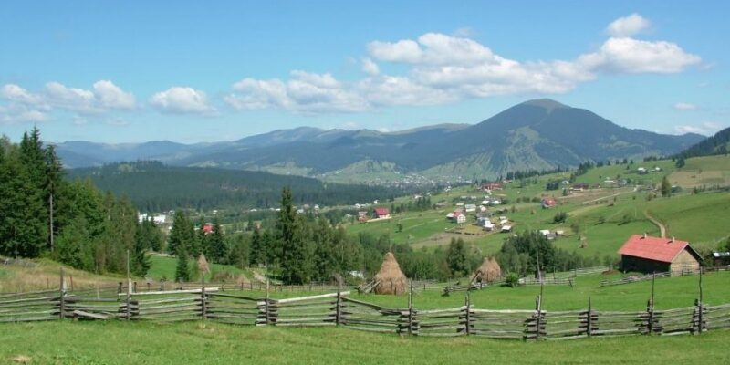 Traseu Tătaru – Bâtca Roşie