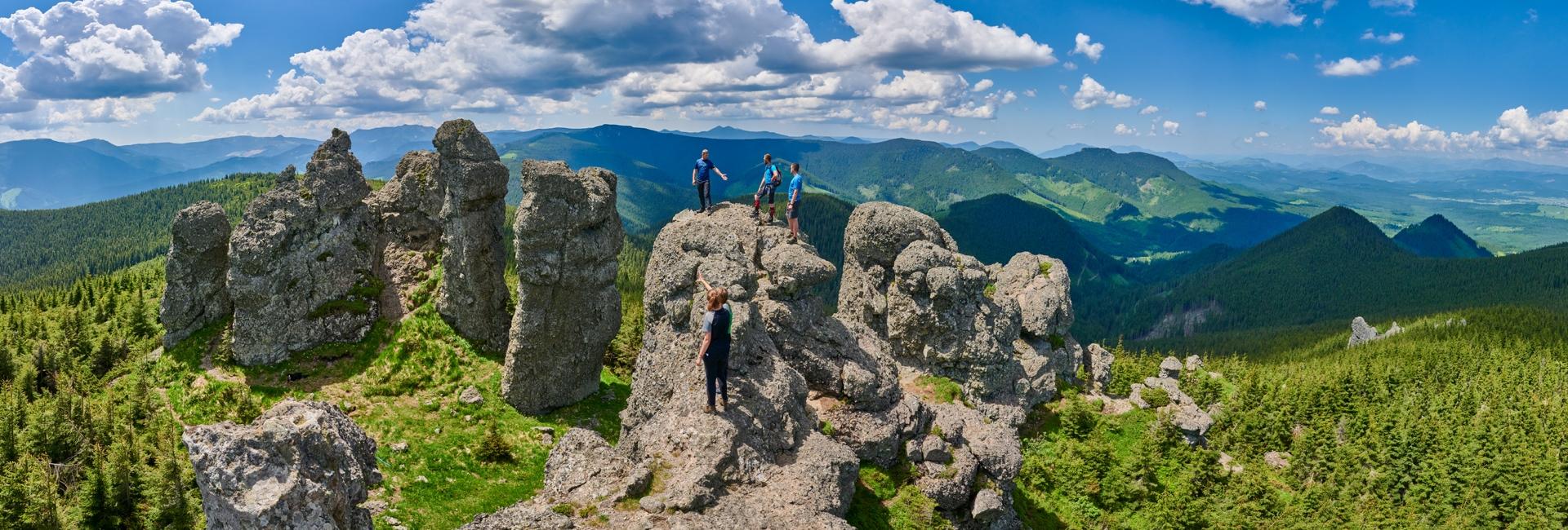 Țara Dornelor poate părea o zonă foarte îndepărtată și plictisitoare, dar de fapt este destinația ideală dacă-ți place natura și activitățile în aer liber.