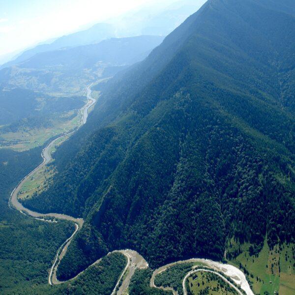 Rezervaţia naturală Cheile Zugrenilor