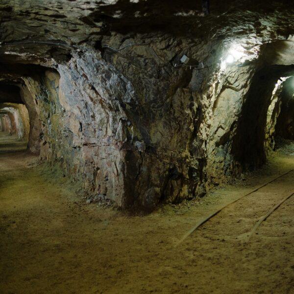 Peștera cu cristale din Mina Farcu