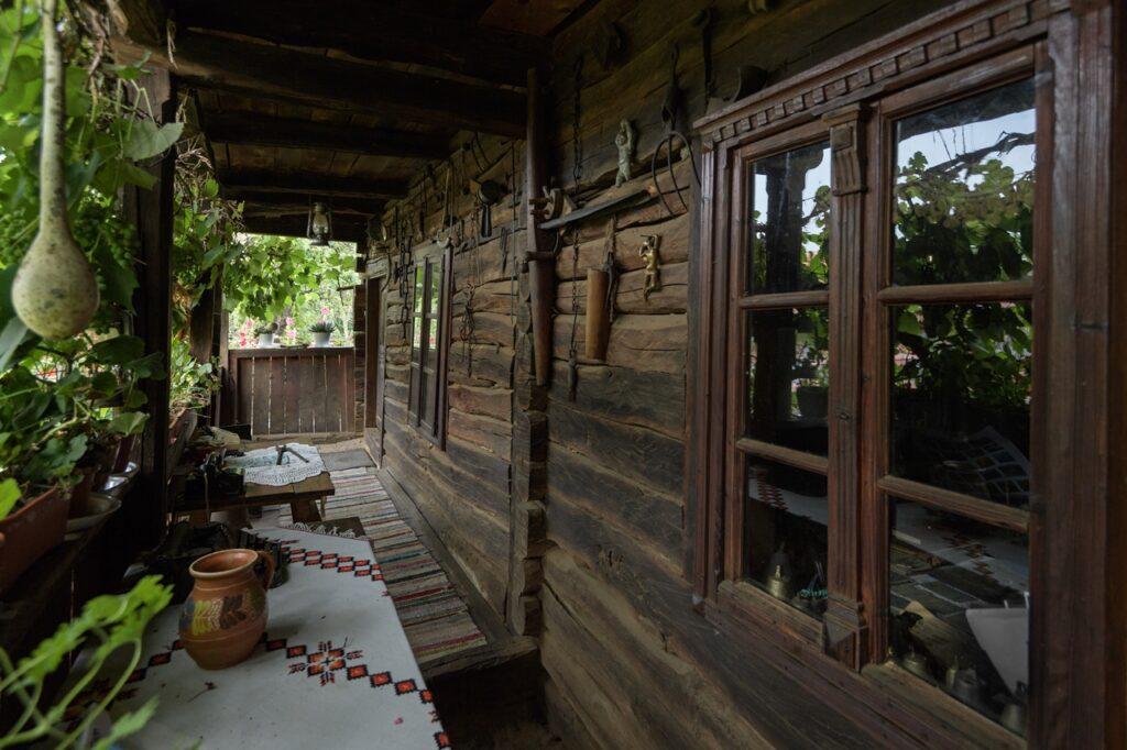 Muzeul satului hațegan – Peșteana