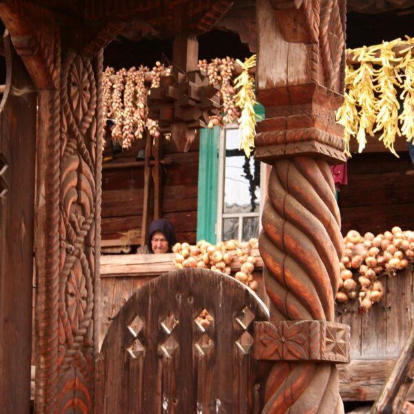 Porțile de lemn din Eco Maramureș
