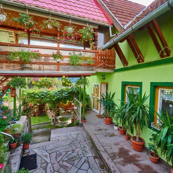 Casa Verde - Zold Haz
