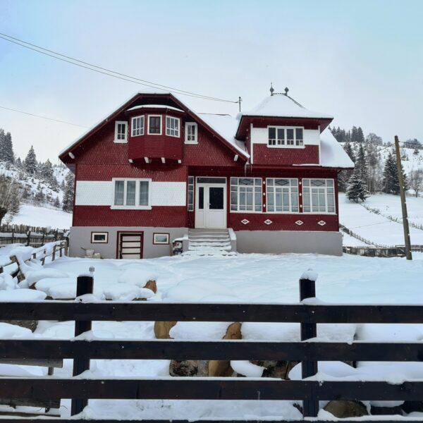 casa traditionala Fundata